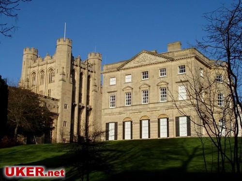 该校的航空航天专业的排名仅次于剑桥大学,排名第二,可以说是该校的