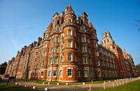 皇家霍洛威大学_英国皇家霍洛威大学_Royal Holloway, University of London-中英网UKER.net